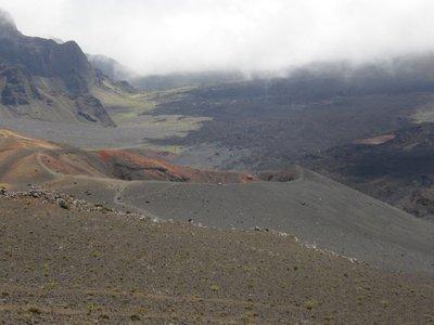 Brume dans le cratère Haleakala