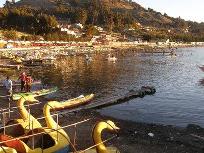 Staion balnéaire sur le Lac Titicaca