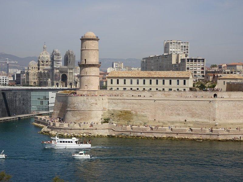 Le Fort Saint Jean vu du Pharo