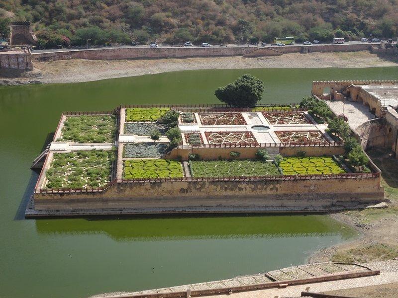 Jardin sur l'eau