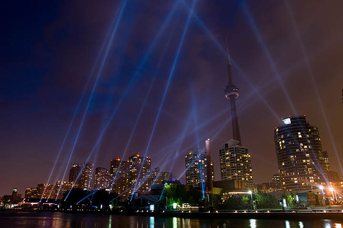 LuminaTO Pulse Front lightshow