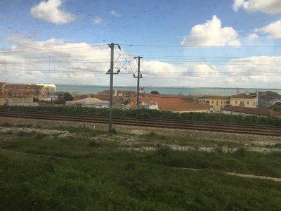 0589_train_window_lisbon2.jpg