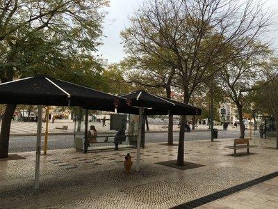 0932_tues_lisbon_street6.jpg