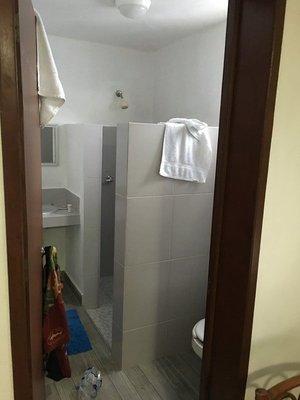 90_0054_d4_room6.jpg