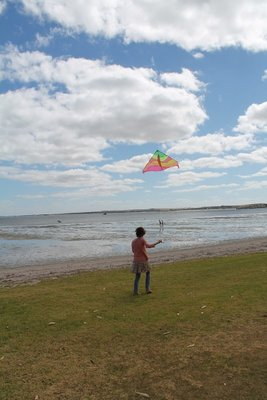 More Chrissy kite flying
