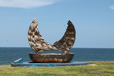 Stunning Beach sculpture