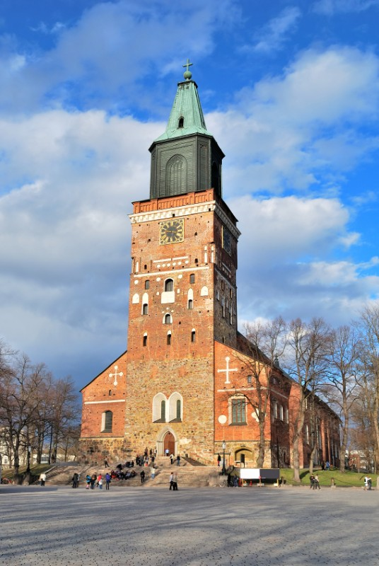 large_Finland-Turku-Cathedral.jpg