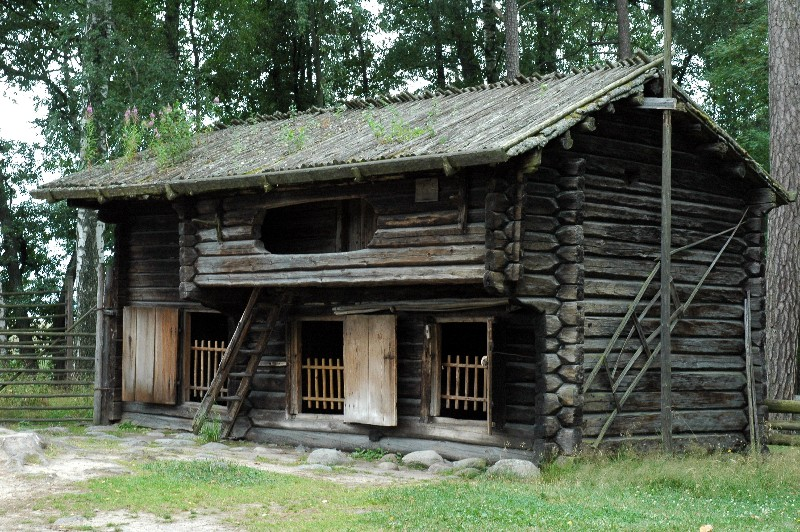 large_Seurasaari_Stable.jpg
