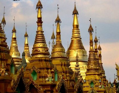 shwedagonpagoda.jpg