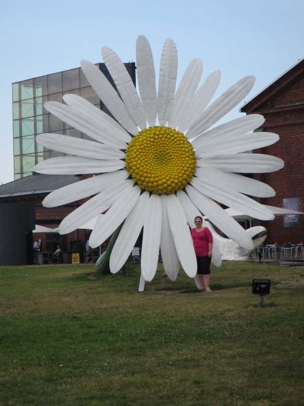 Just a Giant Daisy & Me in Turku Harbour
