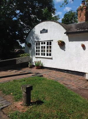 Stratford Canal lock cottage with barrel roof