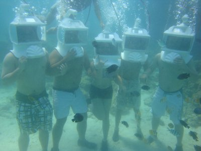 Its more fun to helmet dive with friends!