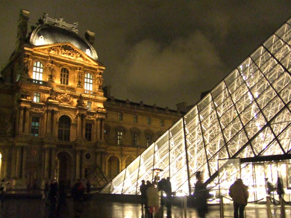 The match of Old and New, Museu du Louvre, Paris