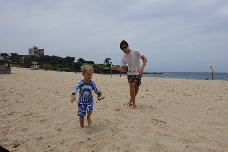 Coogee Beach fun with OB (a Star Wars lego race to be precise)