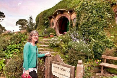 Hobbiton_and_Mauri_27-01.jpeg