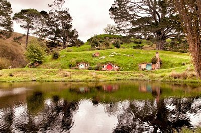 Hobbiton_and_Mauri_60-01.jpeg