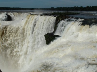 a picture of the devils throat falls