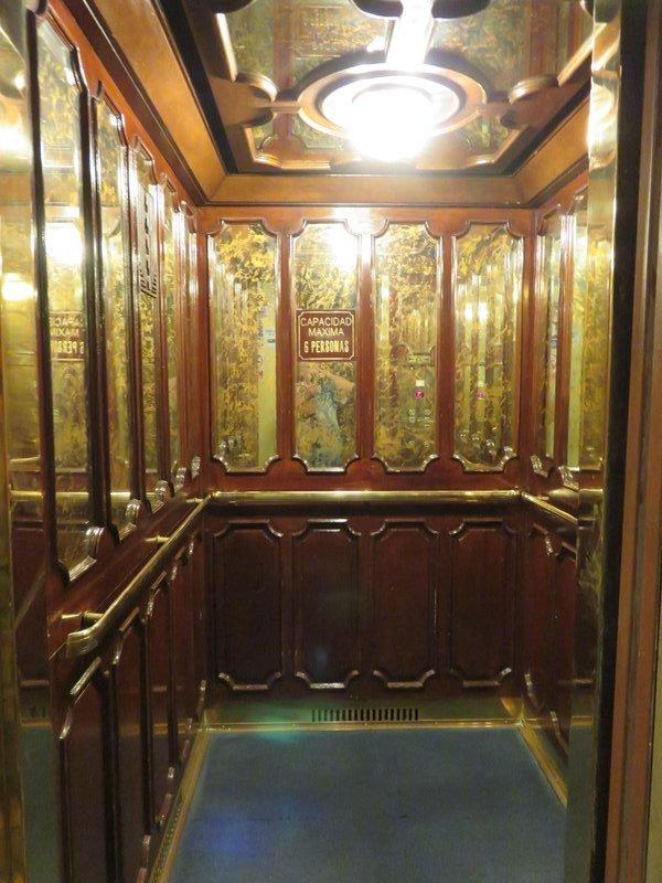 Lift interior @ Gran Hotel Bolivar