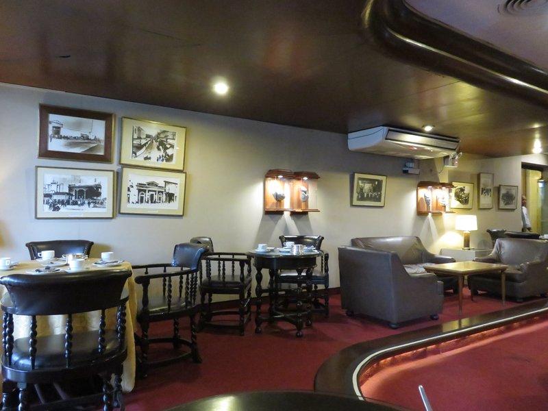 Dining room @ Gran Hotel Bolivar