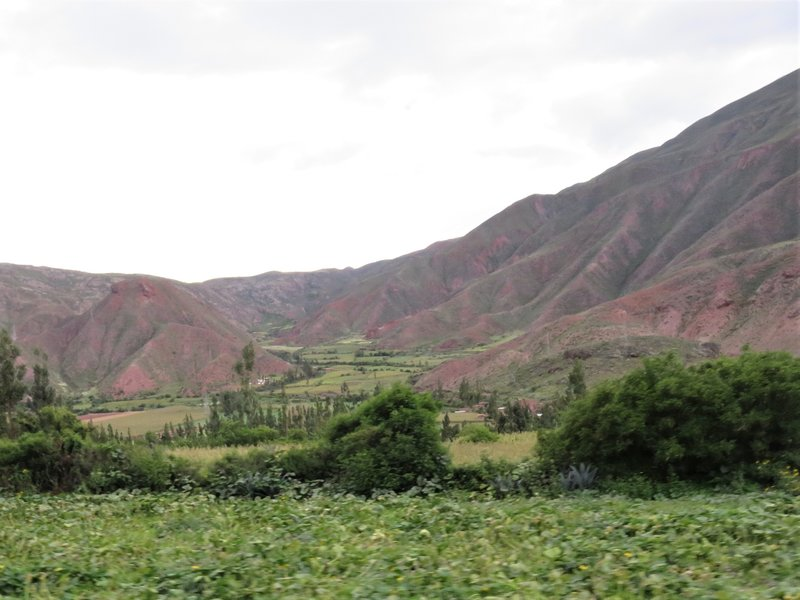 Red coloured mountains near Ollantaytambo
