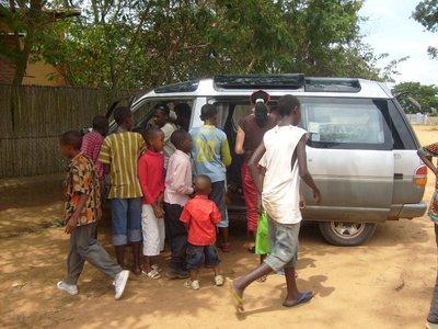 rwanda_watching bazungu