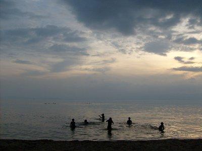 rwanda_Lake Kivu_zwemmers