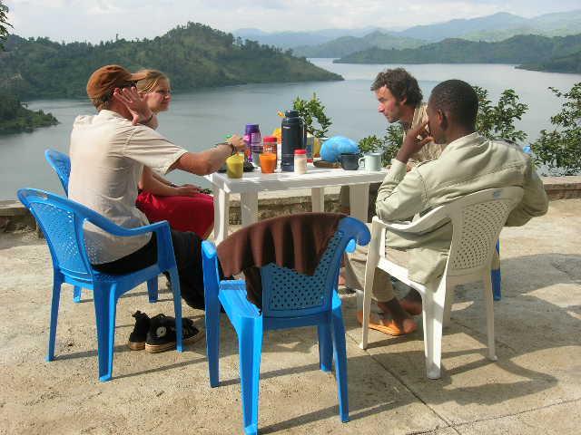 rwanda_kibuye_kivu lake_ONTBIJT
