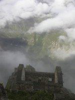 Machu_Pichu_cloudy 1