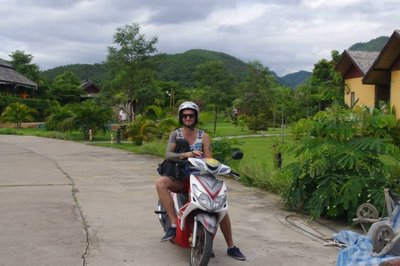Moped in Pai