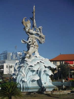 Crazy Statue