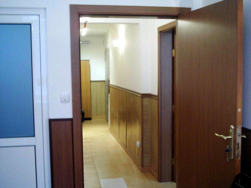 Room 2_