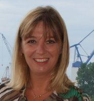 Yvonne Bennett Profile pic 1