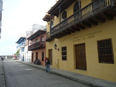 via nel centro storico