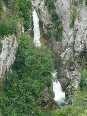 Zarvadje Falls