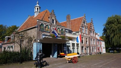 DAY 134 - Friday 11th September - Horstel to Edam to Amsterdam