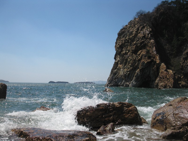 Yanwoling Waves