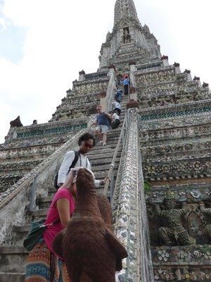 Wat Arun - Very steep stairs