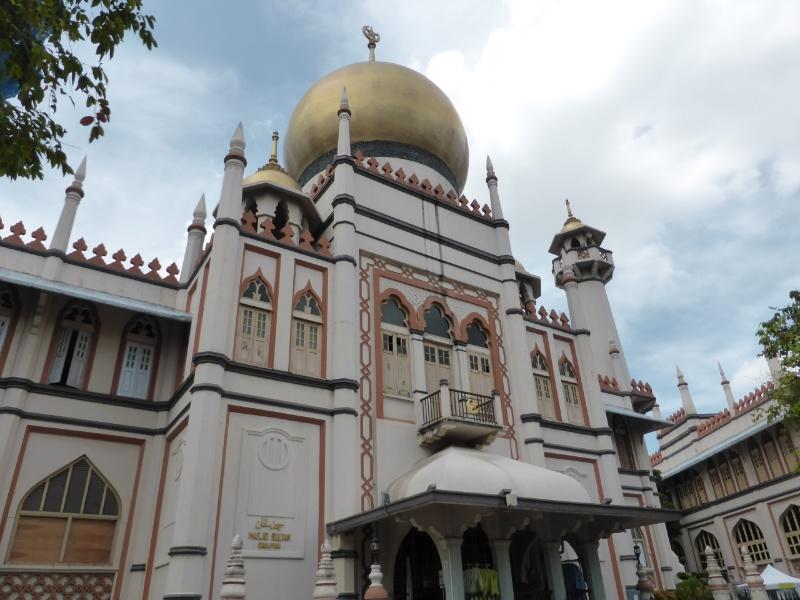 Sultan mosque in Arab quarter