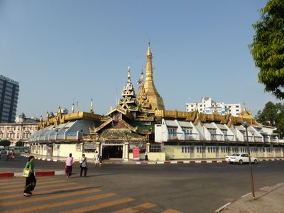 Sule Paya on a roundabout