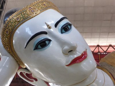 Head of reclining Buddha - topped with diamonds, ...