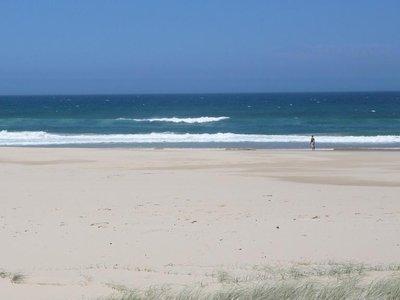 Aus - Lone Beach