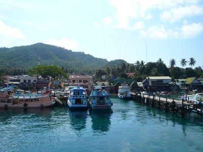 Ko Toa Port
