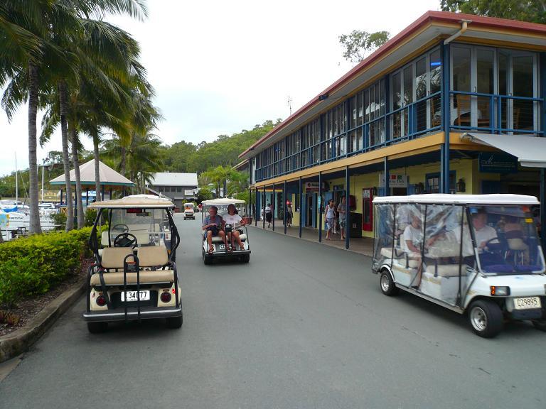 Aus  - Hamilton Island GolfBuggy2