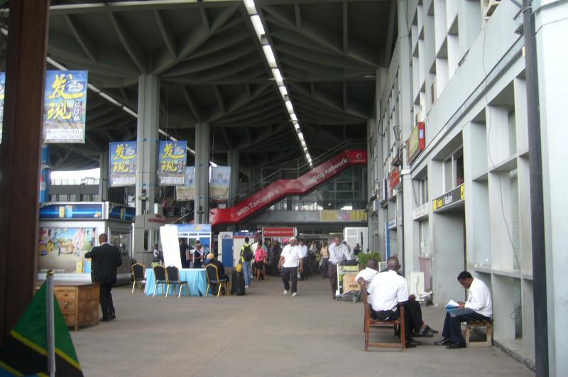 Dar es Salaam Airport, 30.6.