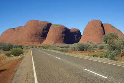 Road to the Olgas (Kata Tjuta)