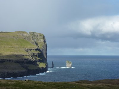 Risin og Kellingin: the two most famous sea stacks on the islands