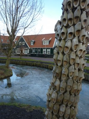 Clog tree, Marken