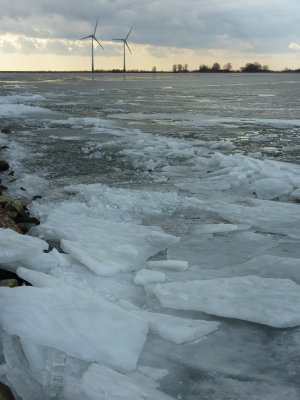 Frozen sea near Marken