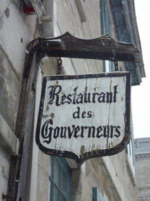 Old Montréal Sign