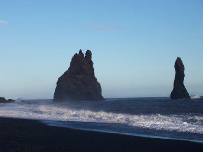 Sea rocks, Vik